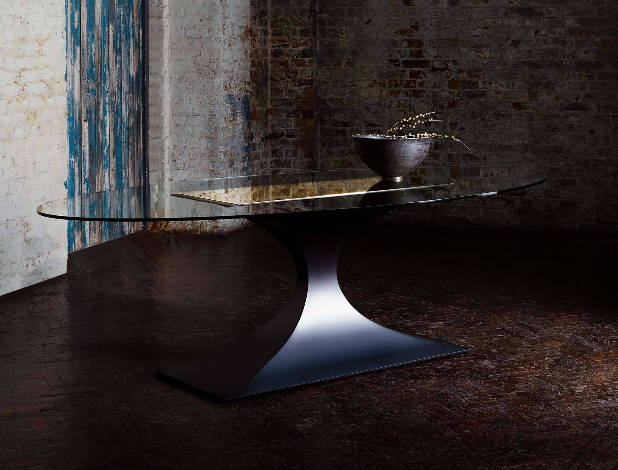 Capricorn Dining Table | Modern Furniture by Tom Faulkner
