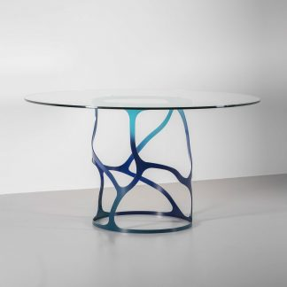 Papillon round dining table
